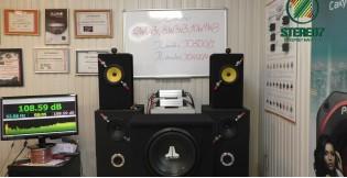 Видео обзор Сабвуфер JL Audio 12W0v3-4